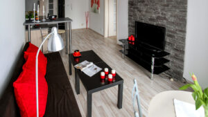 Picture of a college apartment for blog with renters insurance tips for college students