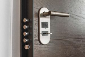 photo of lock for blog about how a home security system could lower your insurance